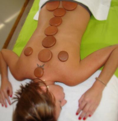 massage bien être pierres chaude argile